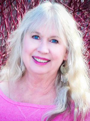 Photo of realtor Teri Styers